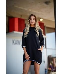 Sukienka damska czarna z dzianiny sportowa z kapturem