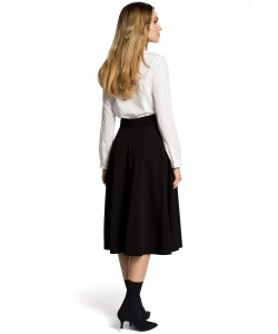 Damska spódnica o rozkloszowany kroju