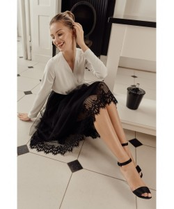 Elegancka tiulowa spódnica z koronką K040 czarna