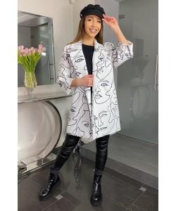 Modny wiosenny płaszcz Oliwia nadruk twarzy
